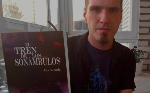 """Alex Velarde nos presenta su primera novela publicada: """"El tren de los sonámbulos"""""""