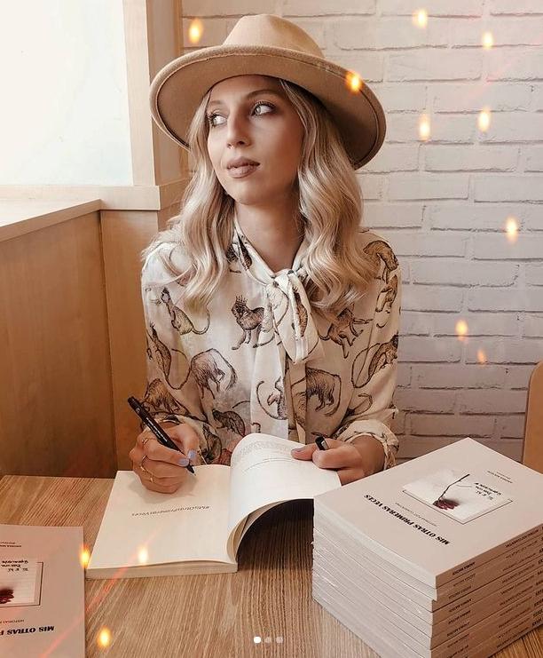 La escritora y creadora digital Andrea Mateos (@Prepyus) está a punto de publicar nuevo libro