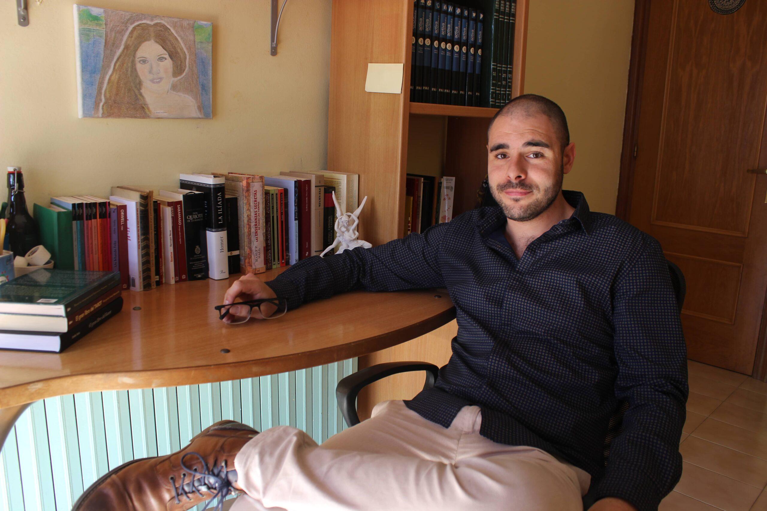 """Conoce a Israel Selassie y su primera obra """"Liberadlo ya""""."""