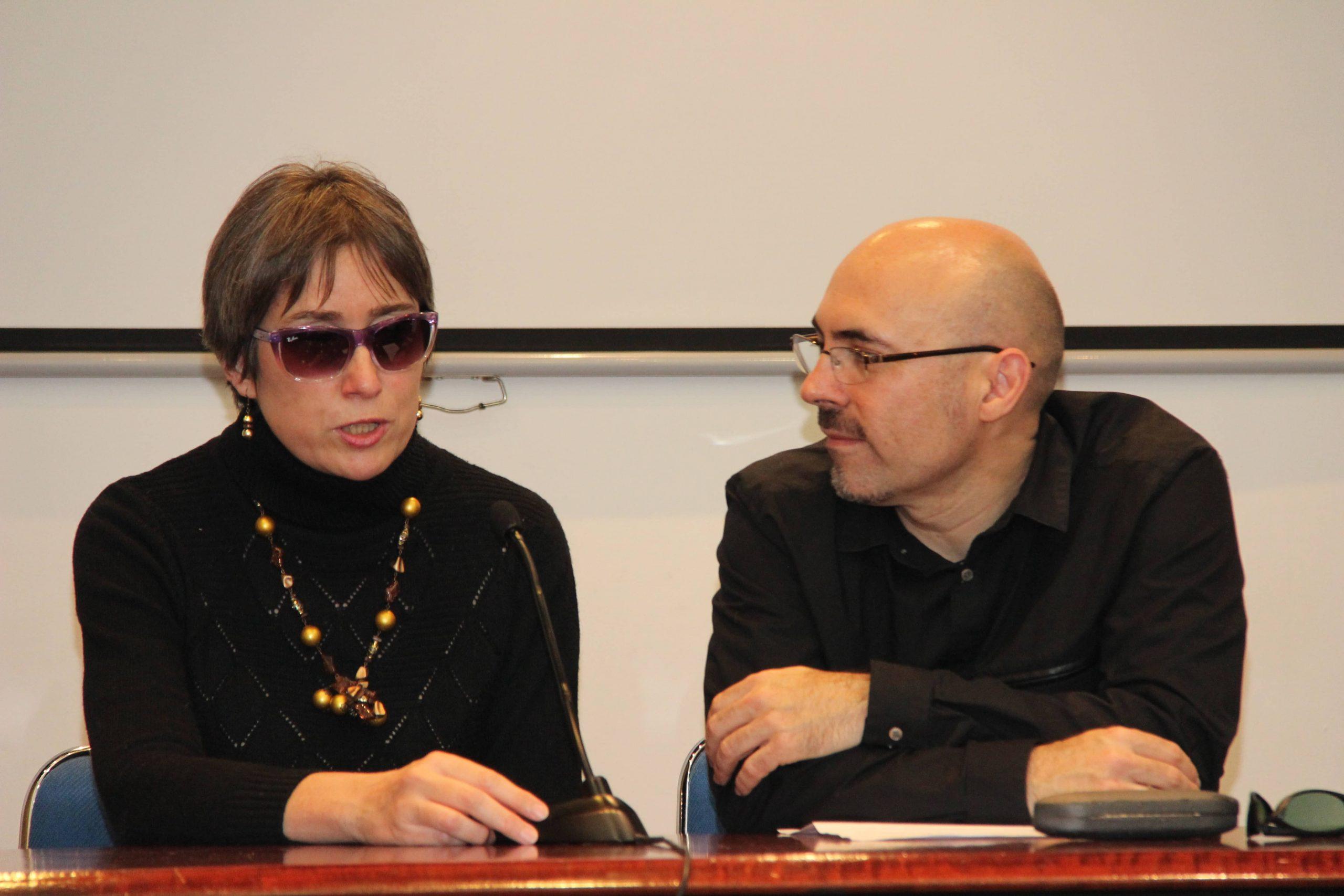 El reto de escribir una novela a 4 manos. Pedro de Andrés y Marta Estrada presentan:  «Mester de brujería – Cantigas de Inesia y Rapaz»