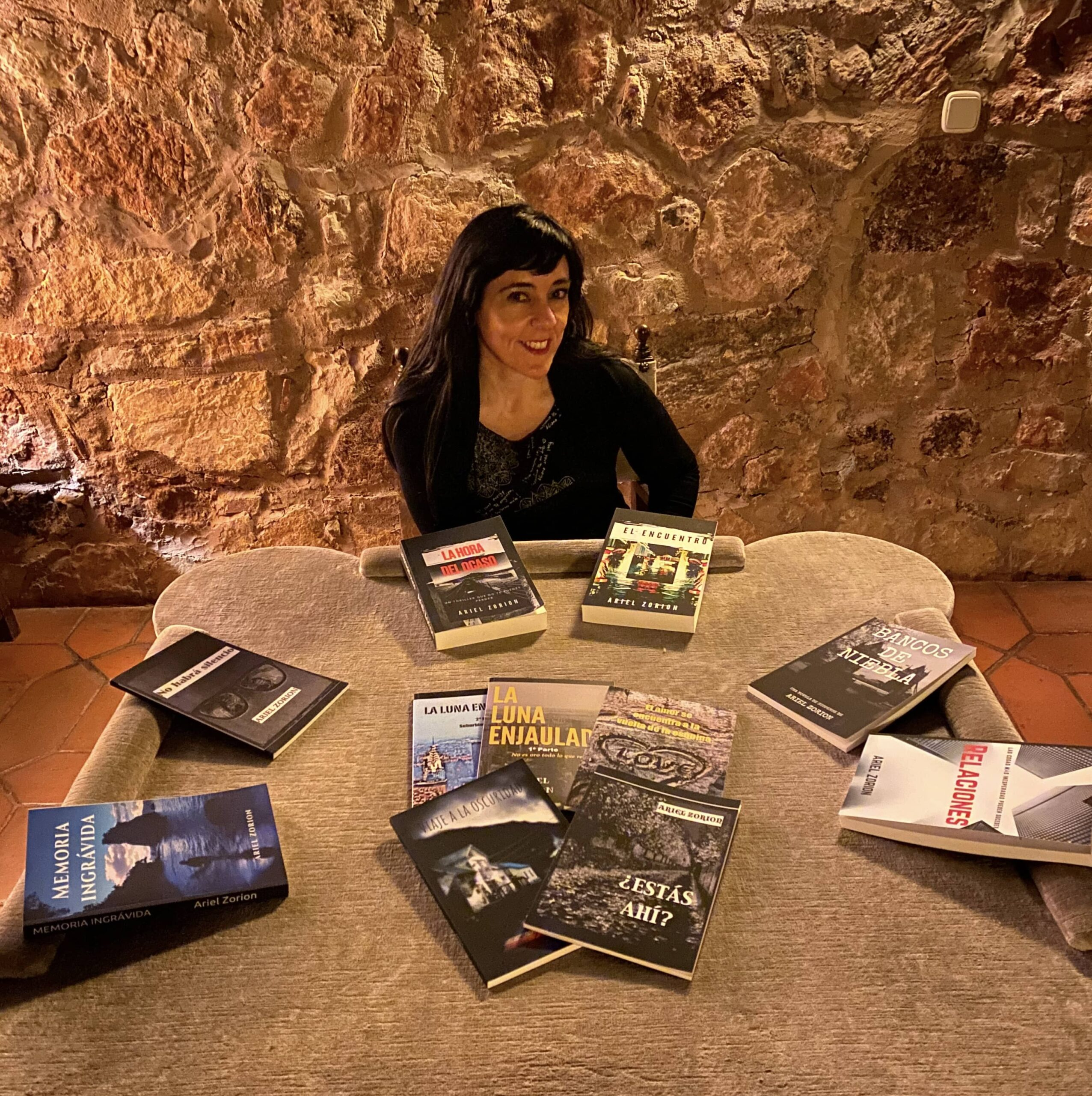 """Entrevista a Ariel Zorion, autora de """"El Ocaso de los Días"""""""