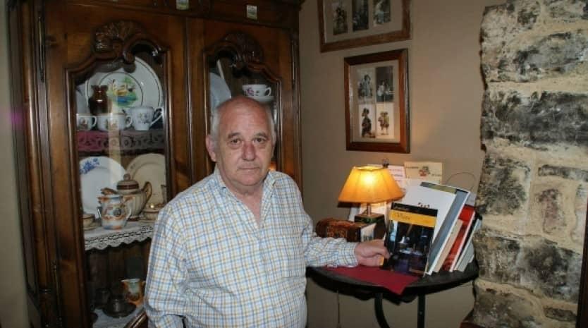"""Conoce a Carlos Ortiz de Zárate, autor de la novela """"Cowboy from Brooklyn"""""""