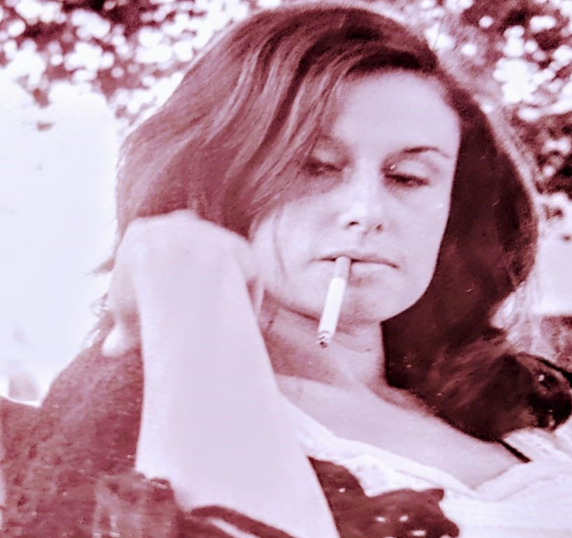 """Conoce a Consuelo Recio y su novela más reciente, """"Un lento río de fuego"""""""