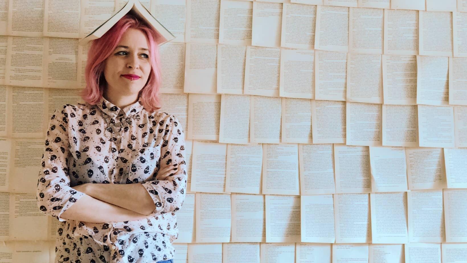 """Entrevista a Vanessa Flores, autora de la novela """"Primeras Impresiones"""""""